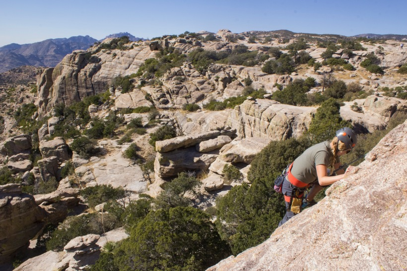 lindsay-climbing